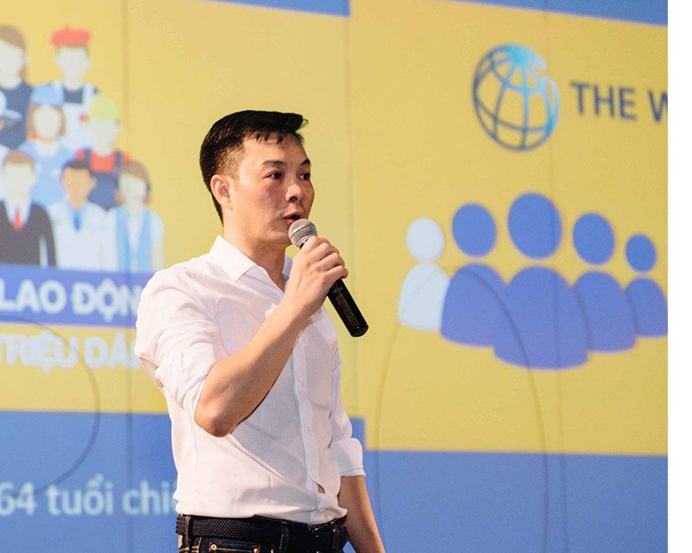 Ông Trần Việt Vĩnh - CEO của Fiin giới thiệu sản phẩm mới - Ứng tiền tiêu dùng - xu hướng thanh toán mới của giới trẻ