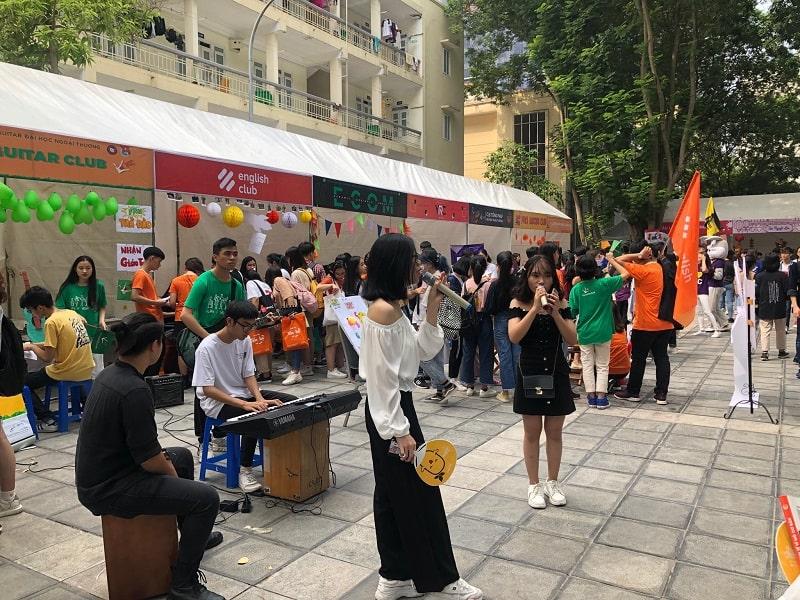 Các hoạt động tại ngày hội sinh viên ngoại thương