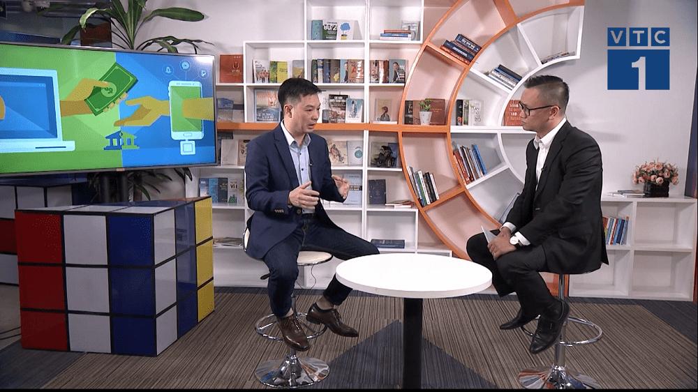 Ông Trần Việt Vĩnh CEO Fiin tham gia tọa đàm cách nhận biết tín dụng đen và ứng dụng cho vay uy tín 22h VTC1