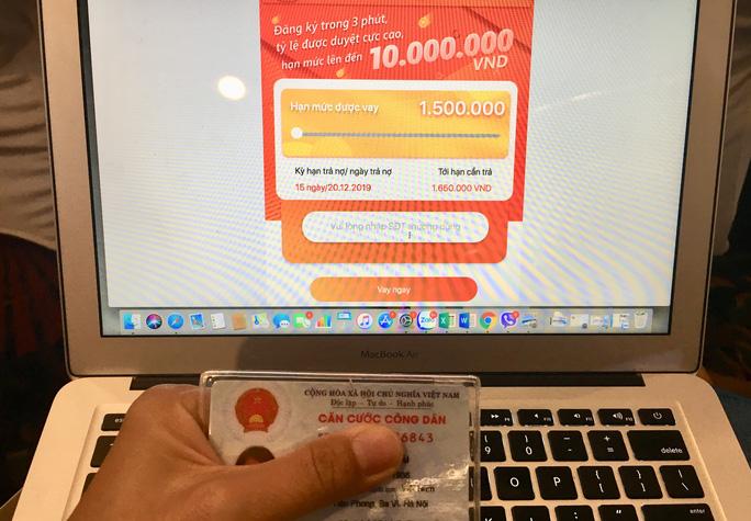 """Bất cứ ai có điện thoại cũng có thể tự vay tiền qua app. Người dùng cần cẩn thận trước hoạt động của """"tín dụng đen online"""""""
